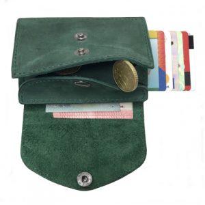 odinė šviesiai žalios spalvos vyriška piniginė iš vidaus
